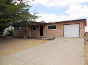 10109 JENARO Street SW, Albuquerque, NM 87121