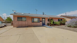 10217 BETTS Drive NE, Albuquerque, NM 87112