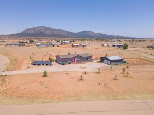49 Equestrian Park Road, Edgewood, NM 87015