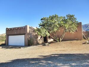 18 HOMESTEADS Road, Placitas, NM 87043