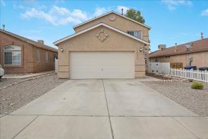 6027 CYONUS Avenue NW, Albuquerque, NM 87114