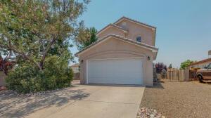 9500 Eucariz Avenue SW, Albuquerque, NM 87121