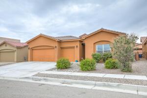 8111 CINNAMON Drive NW, Albuquerque, NM 87120