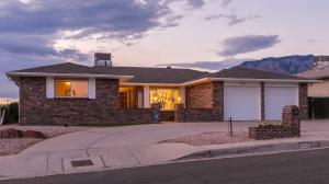 12201 KEY WEST Drive NE, Albuquerque, NM 87111