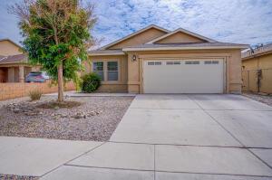2216 PANOLA Street SW, Albuquerque, NM 87121