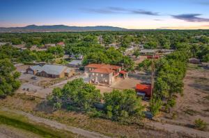 1911 Cottrell Lane SW, Albuquerque, NM 87105