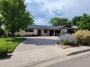 2317 ADA Place NE, Albuquerque, NM 87106