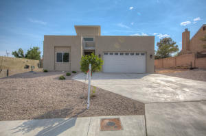 6352 BUENOS AIRES Place NW, Albuquerque, NM 87120