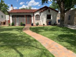 1703 SAN PATRICIO Avenue SW, Albuquerque, NM 87104