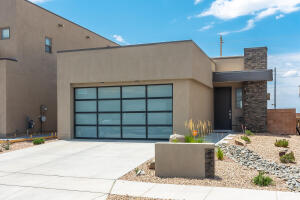 807 HORNED OWL Drive NE, Albuquerque, NM 87122