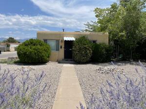 334 TRUMAN Street NE, Albuquerque, NM 87108