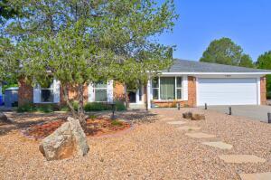 7105 LUELLA ANNE Drive NE, Albuquerque, NM 87109