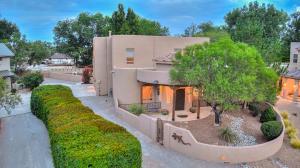 1000 TIERRA VIVA Court NW, Albuquerque, NM 87107