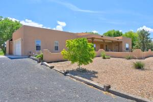 8606 PASEO ALEGRE Road SW, Albuquerque, NM 87105