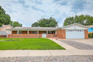 10512 CIELITO LINDO Street NE, Albuquerque, NM 87111