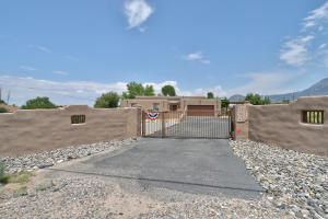 11413 CORONADO Avenue NE, Albuquerque, NM 87122
