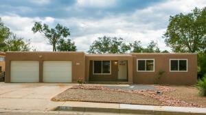 11610 Snow Heights Boulevard NE, Albuquerque, NM 87112