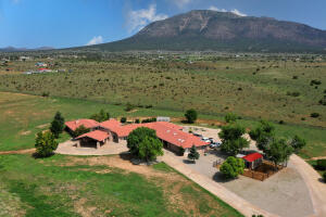 247 E Frost Road, Edgewood, NM 87015