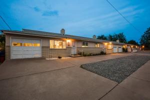 941 Alvarado Drive SE, Albuquerque, NM 87108