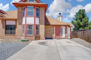 5301 Gold Rush Drive NW, Albuquerque, NM 87120
