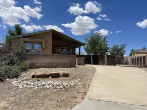 8123 GEM POINTE Road SW, Albuquerque, NM 87121