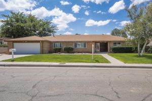 12412 CASA GRANDE Avenue NE, Albuquerque, NM 87112