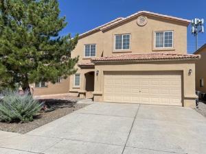 8343 BLUFFS EDGE Place NW, Albuquerque, NM 87120