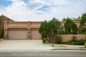 5809 VALERIAN Place NE, Albuquerque, NM 87111