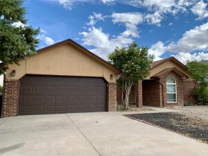 6916 SEDGE Avenue NW, Albuquerque, NM 87120