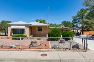 1327 PONDEROSA Avenue NW, Albuquerque, NM 87107