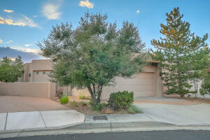 6237 CACTUS CANYON Trail NE, Albuquerque, NM 87111