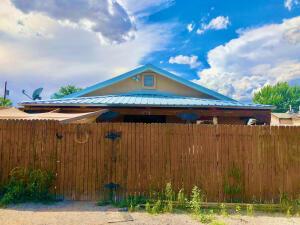 1259 8TH Street NW, Albuquerque, NM 87102
