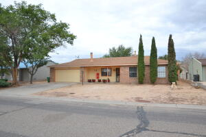 119 SPRING Road NE, Rio Rancho, NM 87124
