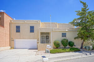 1730 MIRACERROS Place NE, Albuquerque, NM 87106
