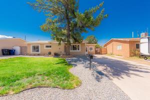 10512 SAN JACINTO Avenue NE, Albuquerque, NM 87112