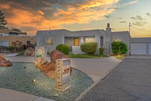 909 PAMPAS Drive SE, Albuquerque, NM 87108