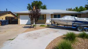 6001 ALTA MONTE Avenue NE, Albuquerque, NM 87110