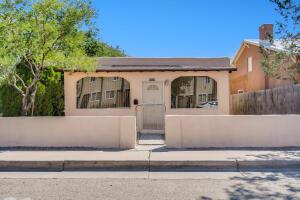 1520 8TH Street NW, Albuquerque, NM 87102