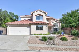4445 Rancho Centro NW, Albuquerque, NM 87102