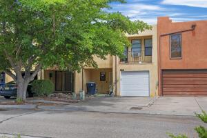 2904 ESTRELLA BRILLANTE Street NW, Albuquerque, NM 87120