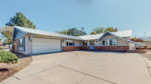 1400 SOMERVELL Street NE, Albuquerque, NM 87112