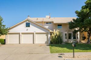 6825 VIVIAN Drive NE, Albuquerque, NM 87109