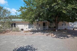 601 El Pueblo Road NW, Los Ranchos, NM 87107