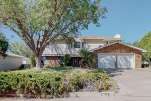 9213 LAS CAMAS Road NE, Albuquerque, NM 87111