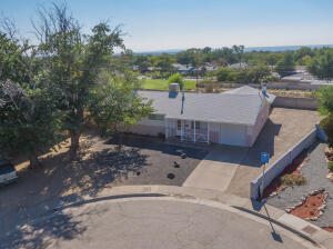 2911 JANE Court NE, Albuquerque, NM 87112