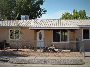 319 LOS PINOS Road, Bernalillo, NM 87004