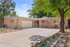1835 CHILDERS Drive NE, Albuquerque, NM 87112