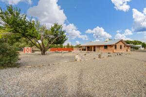 2048 1/2 Gun Club Road SW, Albuquerque, NM 87105