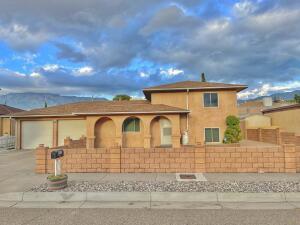 5516 ZAMBRA Place NE, Albuquerque, NM 87111