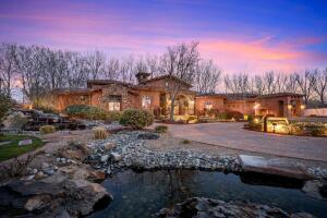 10130 loretta Drive NW, Albuquerque, NM 87114